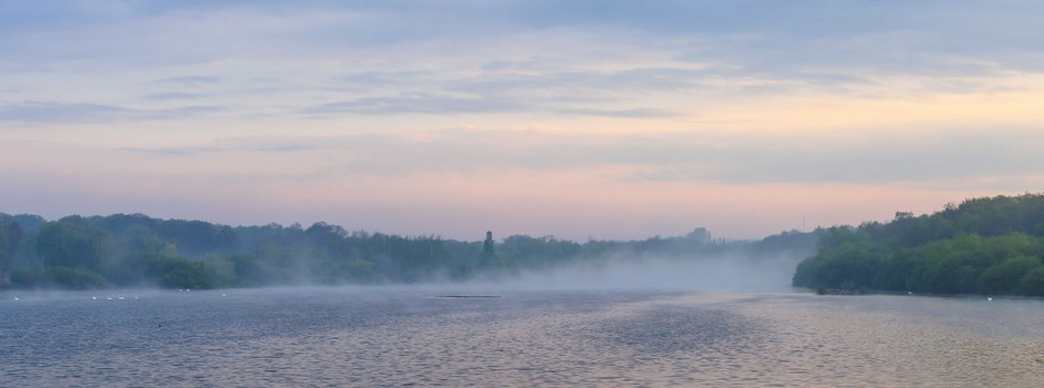 Mist on the water at Ruislip Lido